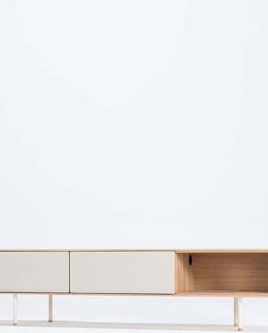 Bílý TV stolek z dubového dřeva Gazzda Fina, šířka 200 cm