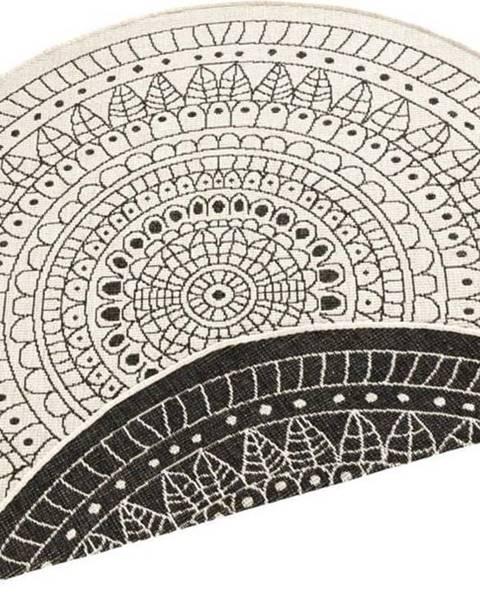 Bougari Černo-krémový venkovní koberec Bougari Porto, ⌀ 140 cm