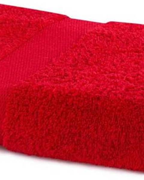 DecoKing Červený ručník DecoKing Marina, 70 x 140 cm