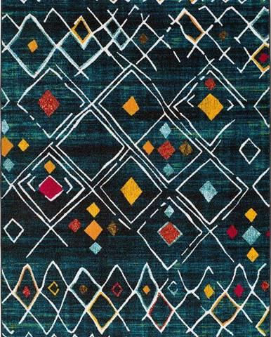 Zelený koberec Universal Sheki, 140 x 200 cm