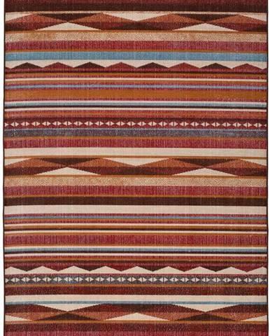 Červený koberec Universal Caucas Stripes, 160 x 230 cm